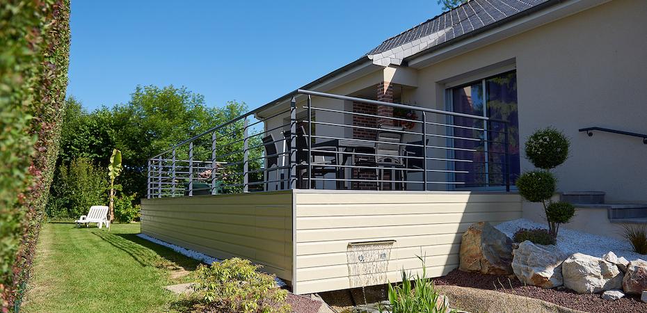 Christophe robieux cr ations et conceptions de terrasses ambri res les va - Prolongement toiture pour terrasse ...